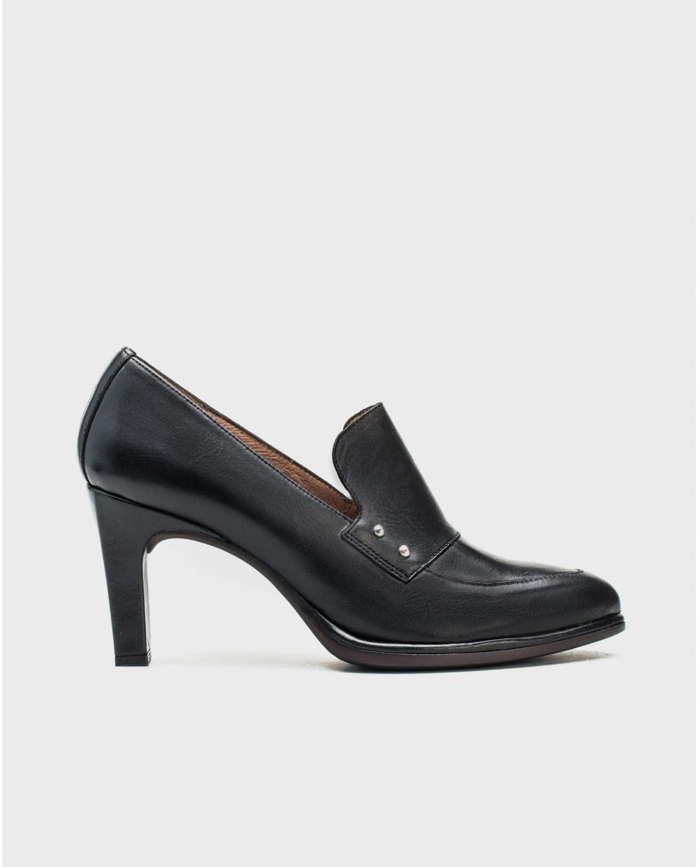 Wonders-Heels-Leather shoe with high front metallic detail