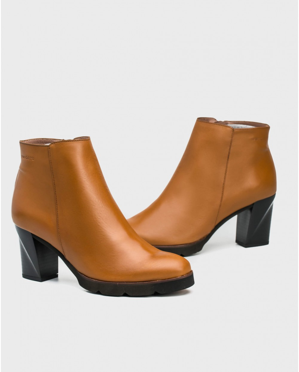 Wonders-Ankle Boots-High heeled leather ankle boot