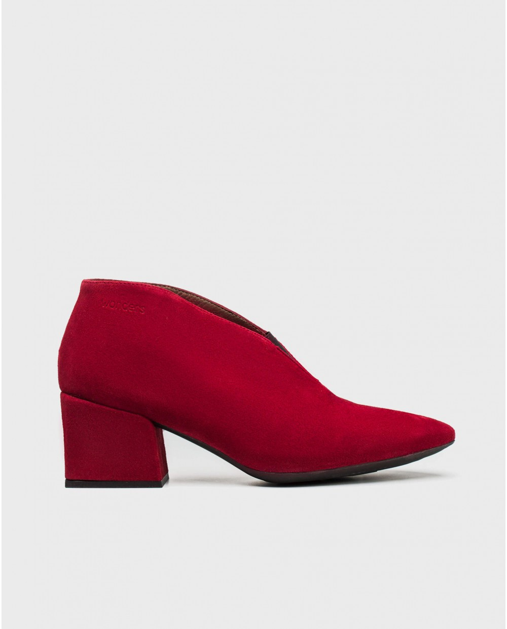 Wonders-Heels-Suede leather ankle shoe with elastic closure