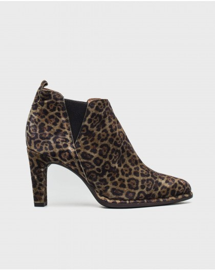 Wonders-Ankle Boots-Zebra print heeled ankle boot