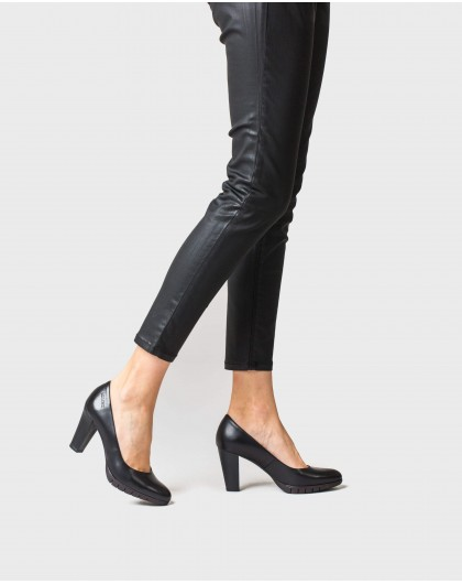 Wonders-Heels-High heeled leather court shoe