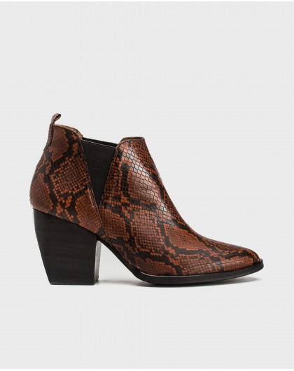 Wonders-Outlet-Animal print cowboy ankle boot