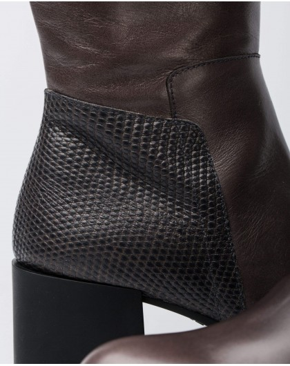Wonders-Outlet-Boot with a square heel