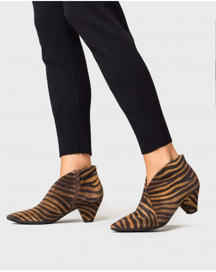 Wonders-Ankle Boots-Animal print bootie shoe