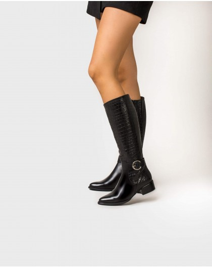 Wonders-Outlet-Leather boot with buckle detail