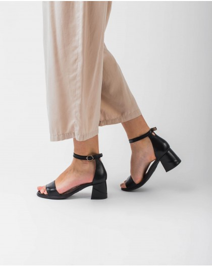 Wonders-Women-Leather sandal with square heel