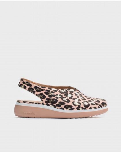 Wonders-Women-Leather V cut shoe