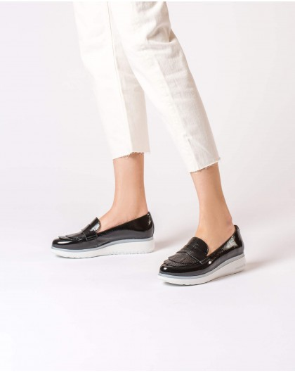 Wonders-Outlet-Patent leather moccasins with fringe detail