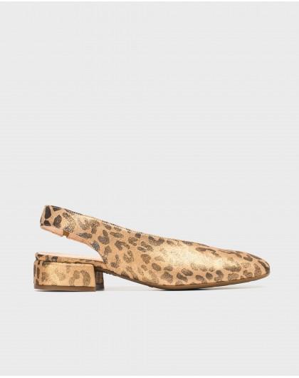Wonders-Flat Shoes-Flat sandal with animal print