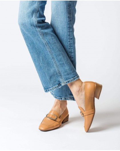 Wonders-Women-Moccasin with buckle