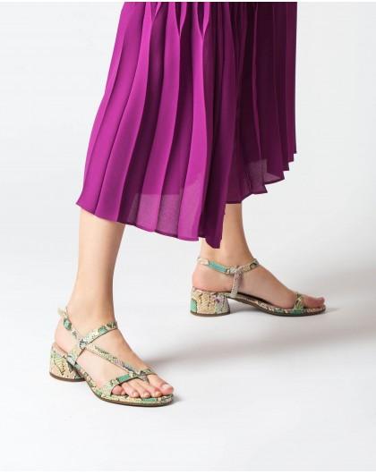 Wonders-Women-Sandal with toe post and heel