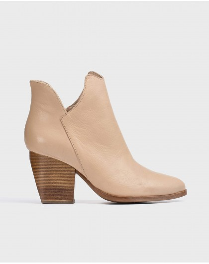 Wonders-Outlet-Leather cut out cowboy ankle boot