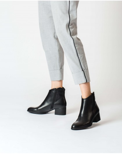 Wonders-Ankle Boots-Black Easy Ankle Boot